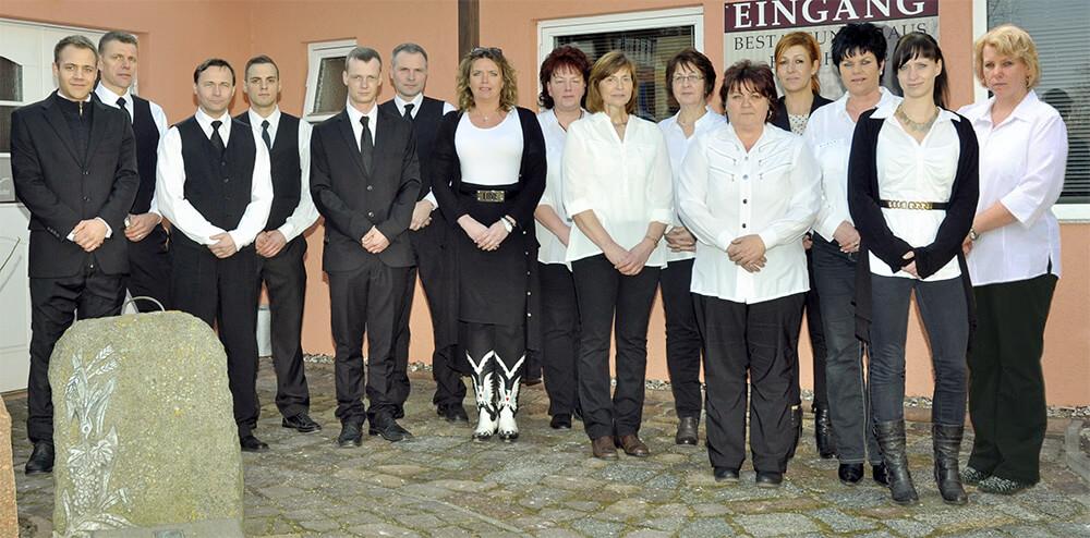 Mitarbeiter-Team Bestattungshaus Peter